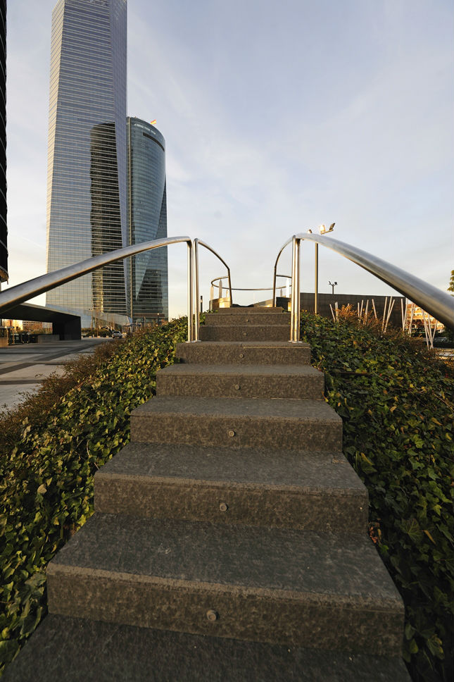 Stairs installed in surroundings of CTBA. Madrid.