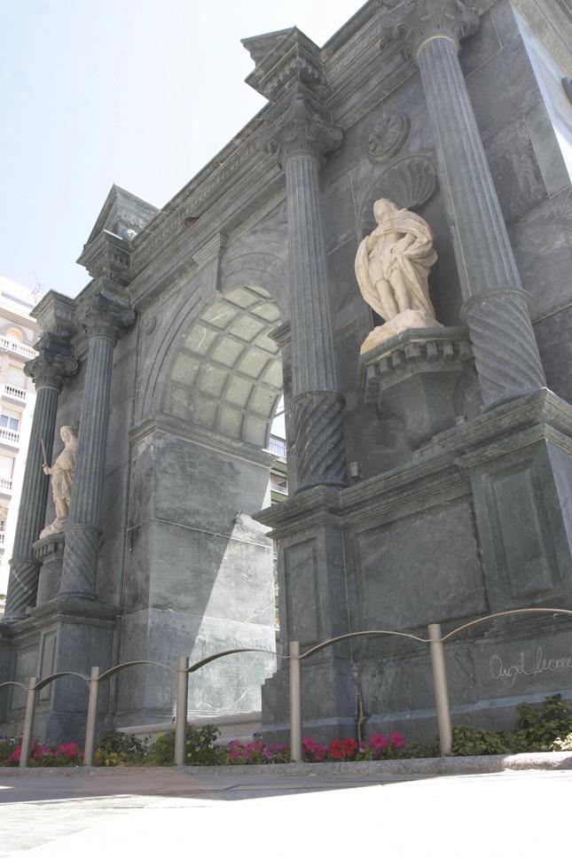 Replica designed by Ángel Moreno.