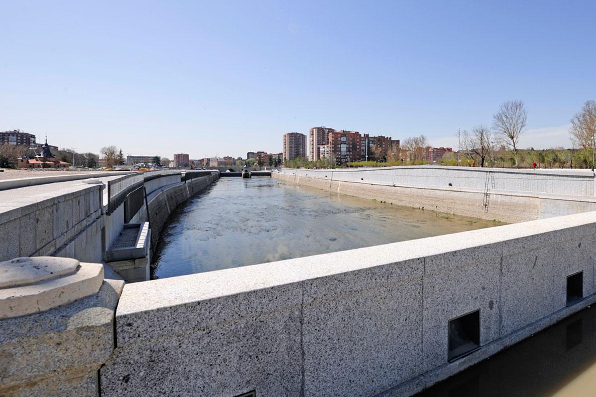 obra-canteria-margen-rio-manzanares-granilouro-5