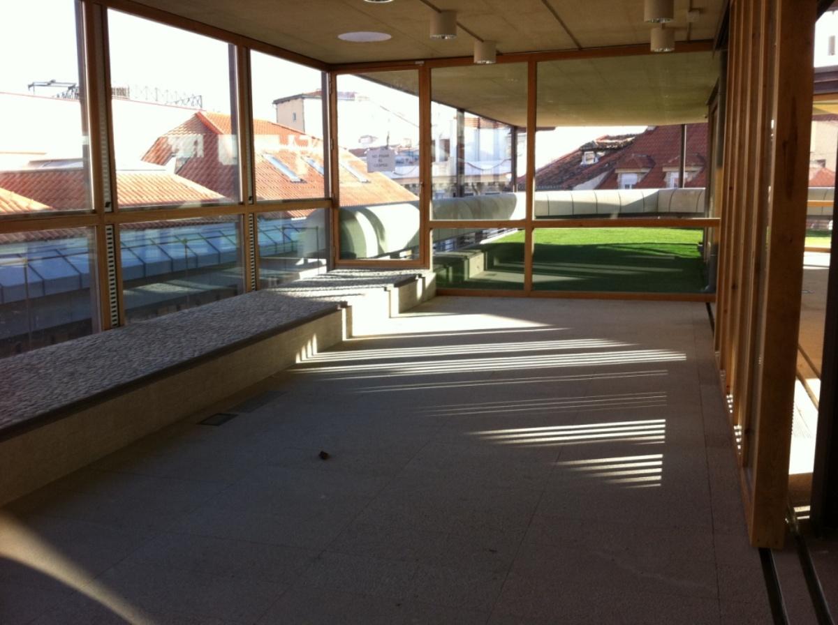 COAM-cantil-pavimento-interior