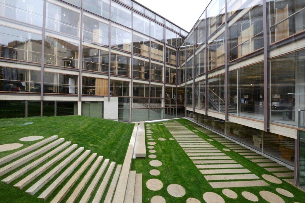 Association of architects headquarters madrid granilouro - Arquitectos en madrid ...