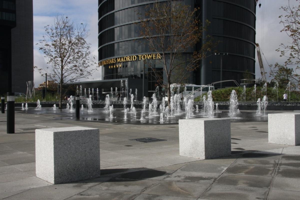 bancos-granito-cuatro-torres