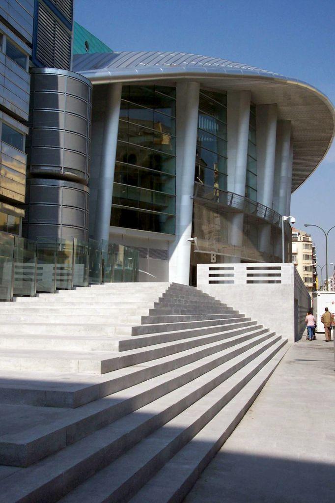 peldaños-accesos-palacio-deportes-madrid