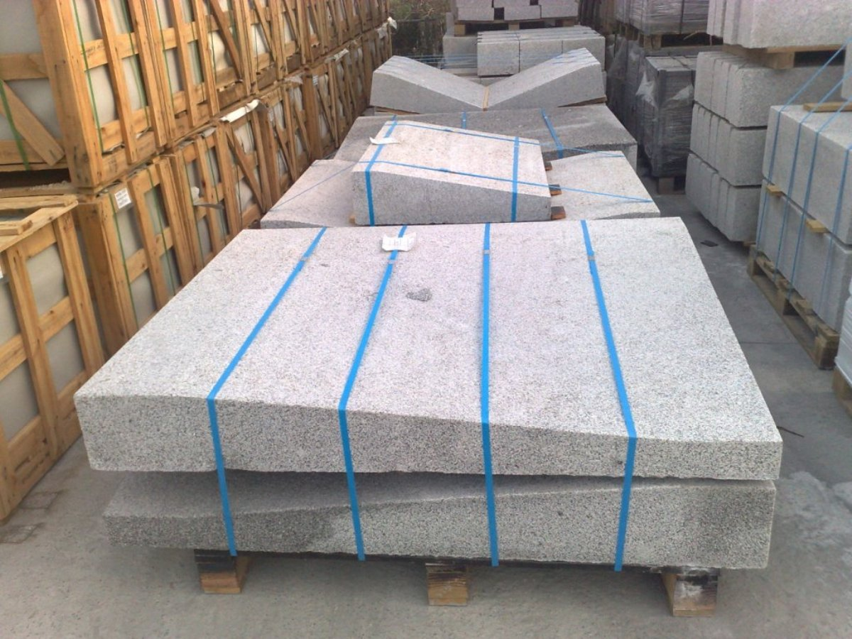 Pallets with large size both side parts. In the background, central parts.