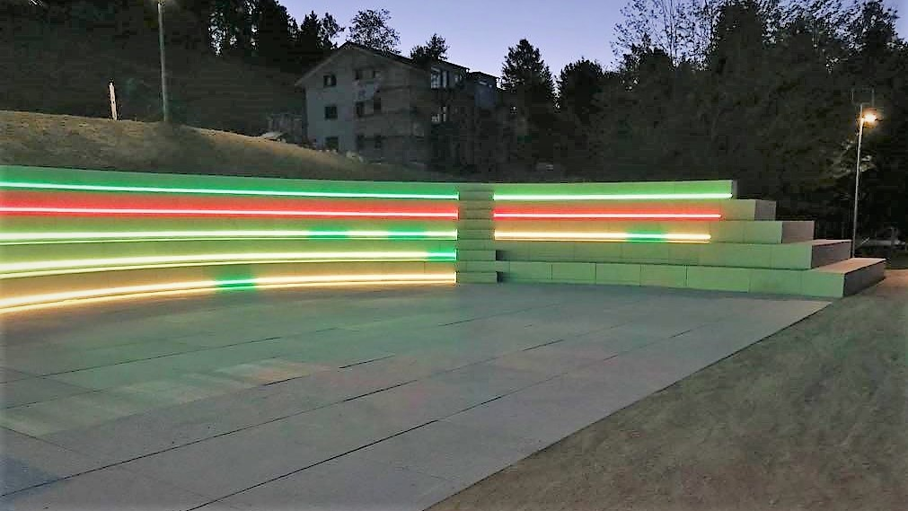 grada_granito _iluminada